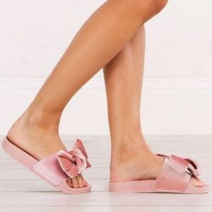 Velvet Pink-Love Bow Slides